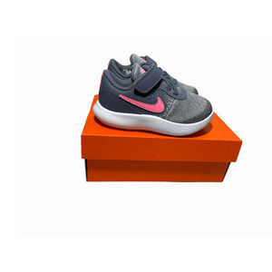 Nike Flex Contact girls shoes size 7C NEW